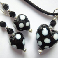 Murano glass black and white polka dot heart pendant with earrings set.