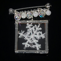 White Snowflake Brooch, Glass Jewellery, Festive Jewellery, Gift For Her, SALE