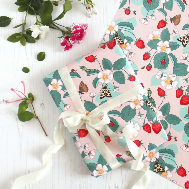 Gift Wrap single sheet with tag - Strawberry Patch