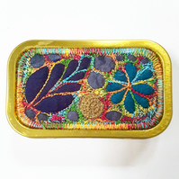 Sewing Button Tin
