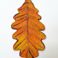 Oak Leaf Hanging Decoration