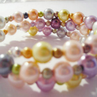 Pastel wrap around glass beaded bracelet (015)