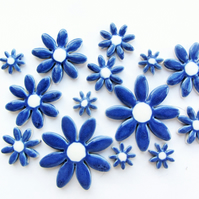 mosaic daisy flower tiles, 15 ceramic blue and white daisies,