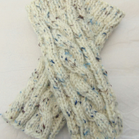 Hand knitted Fingerless gloves Wristwarmers