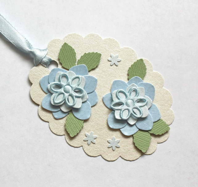 Blue Flower Card Topper Tag