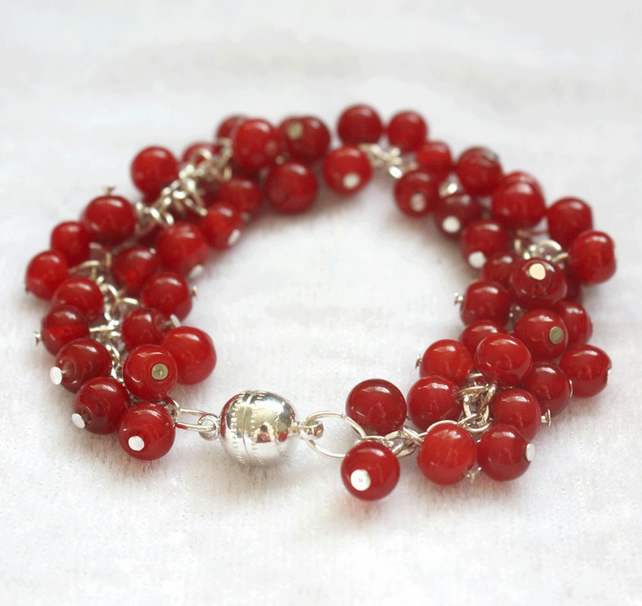 Red Berry Cluster Bracelet