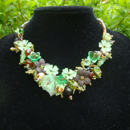 Forest Blossom Green Garland Necklace