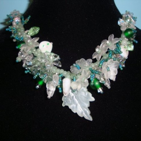 Emerald Ice Green Garland Necklace