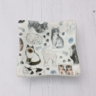 Cat Lovers Decorative Dish - Trinket Table Feline Pet Lovers - Fused Glass