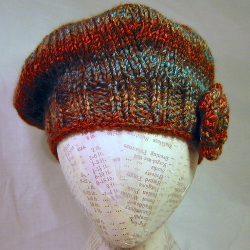 LE WEEKEND HAT    PDF Knitting Pattern for beret beanie and brooch corsage