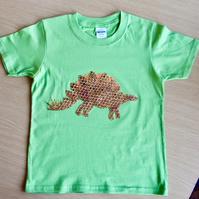 Stegosaurus appliquéd GREEN T-shirt for child aged 5 - 6 years