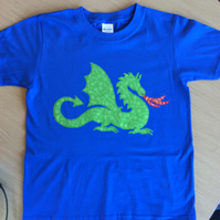 Dragon appliquéd BLUE T-shirt for child aged 7 - 8 years