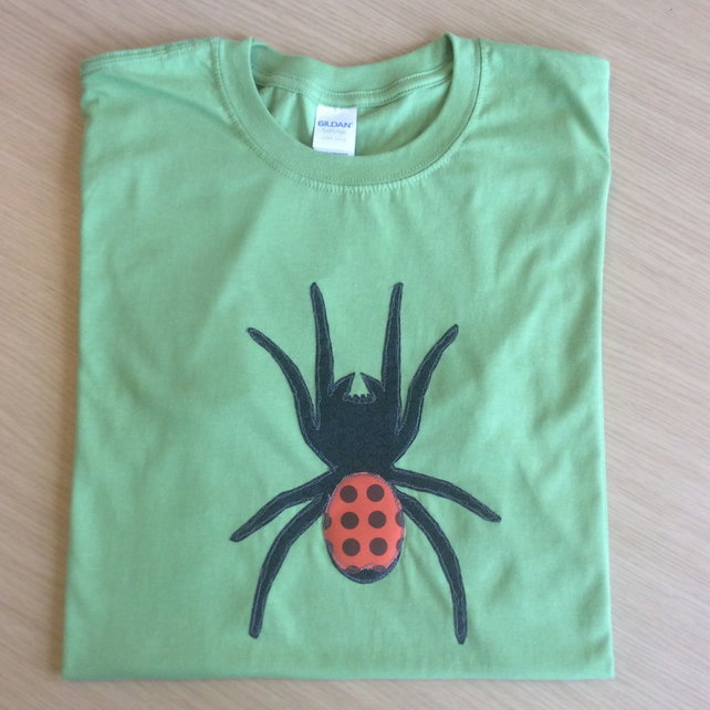 Ladybird Spider Eresus Appliqué t-shirt Adult GREEN in LARGE size