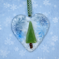 Fused Glass Christmas Heart Decoration