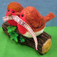 Needlefelted Christmas Robins on a Log