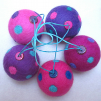 Needlefelt Spotty Baubles - Purples and Pinks