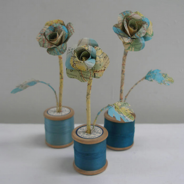 Vintage Map Rose in Wooden Cotton Reel - Blue
