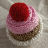Cute Knitted Pink Cup Cake