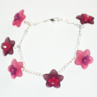 Pretty Pink and Purple Flower Bracelet
