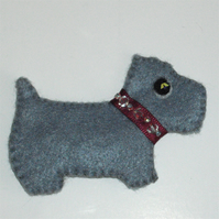 Cute Scottie Dog Brooch With Swarovski Crystal Beads - UK Free Post
