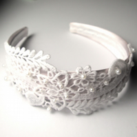 Lace and Pearl Vintage Style Head Band