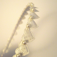 White Hearts and Pearls Vintage Style Head Band - UK Free Post