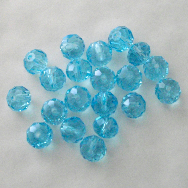 20 x Pale Blue Faceted Crystal Rondelle Beads