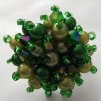 Green Pearl and Crystal Bead Ring - UK Free Post