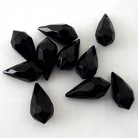10 x Black Top Drilled Teardrop Beads