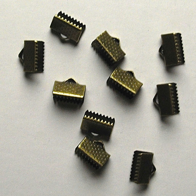 40 x Bronze Tone Crimp End Connectors
