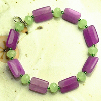 Purple Jade and Pale Green Crystal Bead Bracelet
