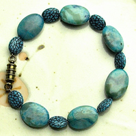 Turquoise Agate Bead Bracelet with Magnetic Clasp.- UK Free Post