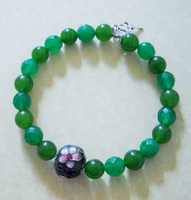 Green Gemstone and Cloisonne Bead Bracelet