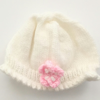 Cute White with Pink Flower Baby Hat 0-6 months - UK Free Post