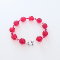 Red Glass and Crystal Bead Bracelet