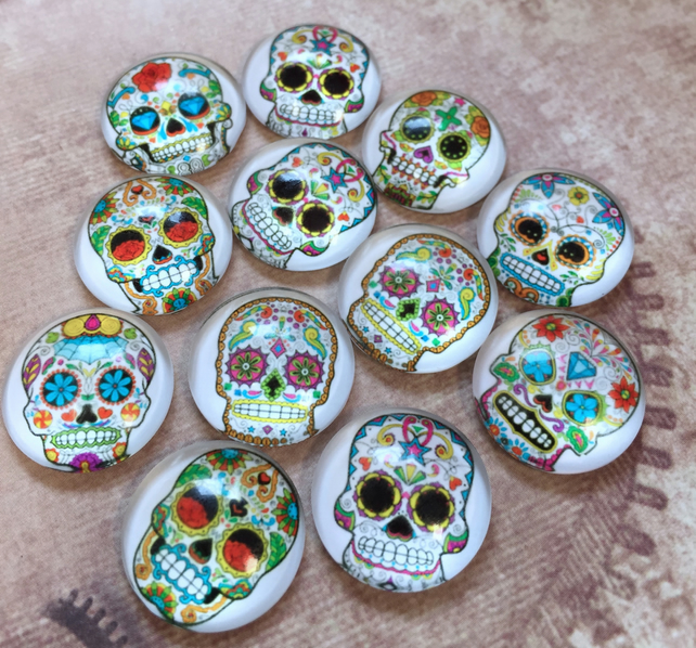 pack of 10 - 18mm glass cabochons Sugar Skull Pattern Muerte Cabochons Mix
