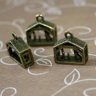 Pack of 5 - Charm Christmas Nativity Scene