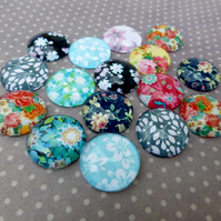 pack of 10 - 14mm Floral Cabochon Mix