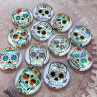 pack of 10 - 18mm Glass Cabochon Sugar Skull Muerte Pattern