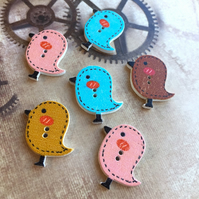 Pack of 10 - Wooden Buttons Birds for Sewing or Scrapbooking
