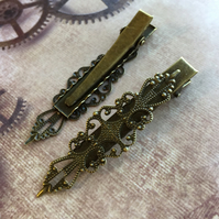 4 pcs - Vintage Look Alligator Hair Clips with Filigree