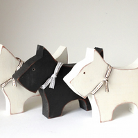 Wooden Scottie Dogs  (medium)