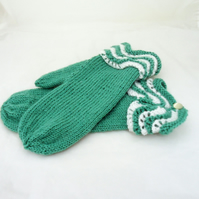 Mittens With Lace Cuff, Mittens in Mint, Women Knitt Mittens, Merino Mittens