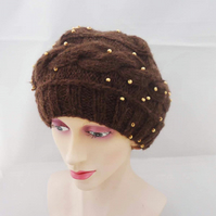 Women Knit Beret, Handknitted Winter Beret, Women Beret in Brown, Cable Beret