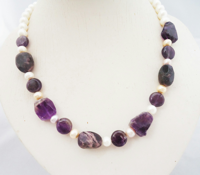 Amethyst and Freshwater Pearls Necklace, Amethyst Nuggets and Pearls Necklace, P