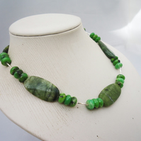 Green Gemstone Necklace, Green Jade Necklace, Green Chunky Necklace, Handmade Ge