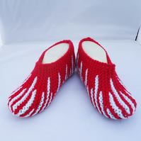 Women Hand Knit Slippers, Indoor Slippers, Stripe Slippers,Red and Blue Slippers