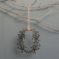 Small wooden wreath decoration