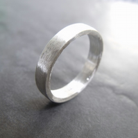 Hogart brushed silver wedding band