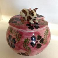 Sugar bowl or jam pot in pink and black with sculpted dog on the lid